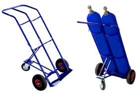 Тележка для перевозки двух баллона ГБ 2 (кислород, ацетилен, углекислота).  Грузоподъемность 200 кг. Колеса литая резина диаметром 250 мм.