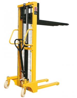 Гидравлический штабелер с регулируемыми вилами SFH1516 незаменим на складах с вертикальным складированием товаров, при разгрузке и погрузке транспорта. Грузоподъемность 1500 кг. Высота подъема 1600 мм.